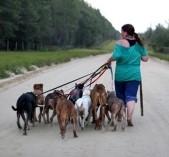 BF - Woman-walking-dogs